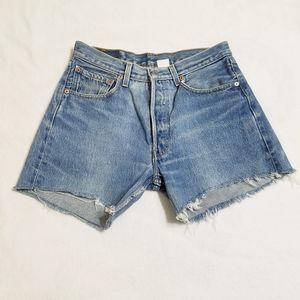 Levi 501 jean shorts, size 31